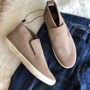 DV • Tan Slip On Sneakers